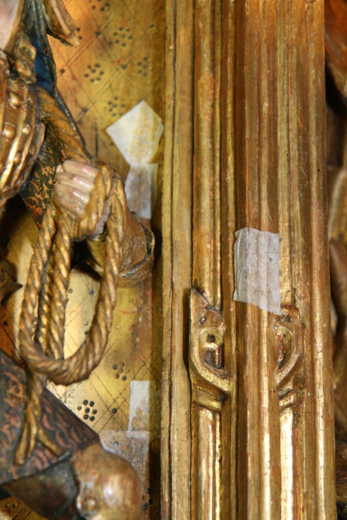 vergoldete Altararchitektur